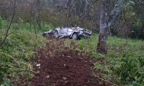 La tragediaIncidente stradale a Palmi, uomo morto dopo essere precipitato con l'auto in un burrone