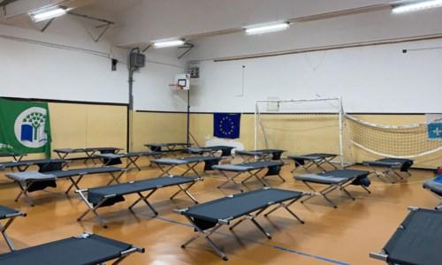 La palestra scolastica che ospiterà le famiglie evacuate