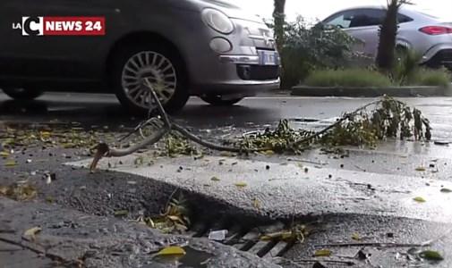 Emergenza meteoMaltempo, in Calabria forti piogge e venti di burrasca: altra giornata di allerta e scuole chiuse - LIVE