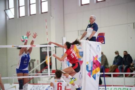 Pallavolo femminile A2: successo meritato per il Volley Soverato al tie break