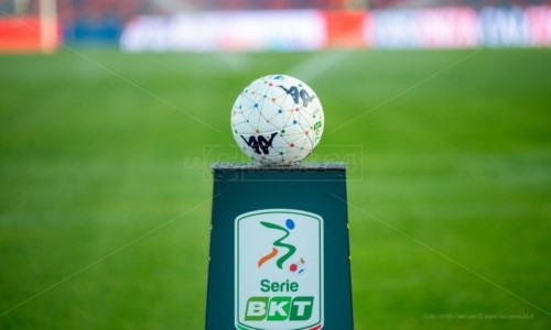 Calcio CalabriaSerie B, presentazione della decima giornata: programma, classifica e marcatori. Apre Cosenza-Ternana