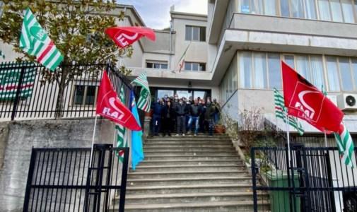 La protesta dei lavoratori, foto sulla pagina fb Fai Cisl