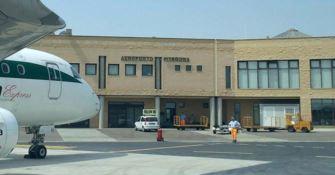 Aeroporto di Crotone, 200 persone bloccano la statale 106