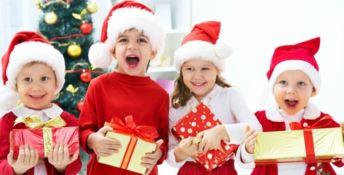 A Natale ti sveni per regali costosi, ma poi per loro conta solo il peluche comprato dai cinesi