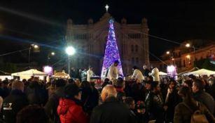 Reggio, smontato l'albero di Natale per far spazio al Capodanno