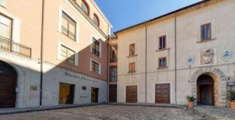 Reggio Calabria, l'archivio diocesano va in rete