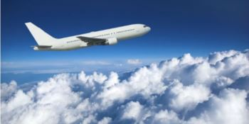 Terrore in volo, turbolenze su aereo Lamezia-Berlino: otto feriti