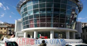 Occupazioni abusive a Cosenza, torna il rischio dello sgombero