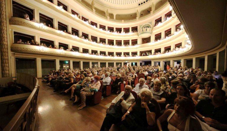 Reggio, il teatro Cilea