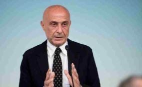 Le contestazioni a Minniti all'Unical? Schizofrenia sociale e politica