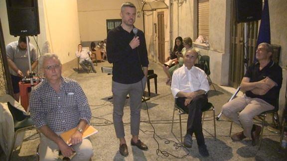 Iniziativa di Magarò a Castiglione per Giacomo Mancini d2b0d7541620