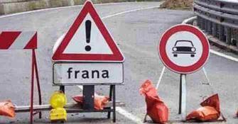 Bagnara, la frana che minaccia automobilisti e turismo