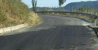 Joppolo-Coccorino, la strada chiusa per caduta massi