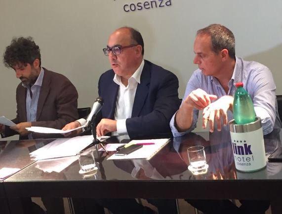 Conferenza stampa di Carlo Guccione