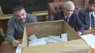 Avvocati al voto a Cosenza, in corso lo spoglio