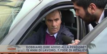 Rete 4 incalza l'ex consigliere regionale Borrello sul suo vitalizio di oltre 7mila euro (VIDEO)