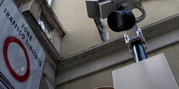 Cosenza, il centro storico diventa Zona a traffico limitato