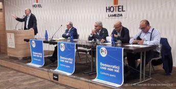 """I """"ricostituenti"""" del Pd in assemblea a Lamezia Terme: «In Calabria partito da rifondare» (VIDEO)"""
