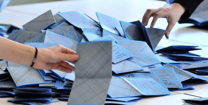 Spoglio finito in Calabria, scrutinate le 2.416 sezioni: astensione al 37 per cento