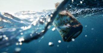 Goletta verde lancia l'allarme: «Mare troppo inquinato»
