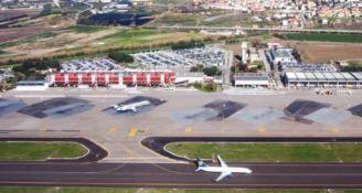 Lamezia, atterraggio di emergenza per un aereo diretto a Roma