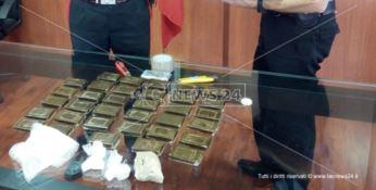 Hashish e cocaina in casa, pregiudicato arrestato dai carabinieri