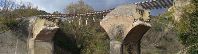 Il ponte di Marcellinara crollato nel 2011