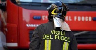 A fuoco fienile nel Vibonese, si indaga sulle cause del rogo