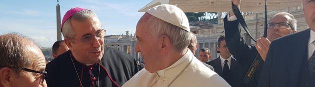 """L'arcivescovo di Rossano-Cariati: «I migranti della nave """"Diciotti"""" me li porto a casa mia»"""