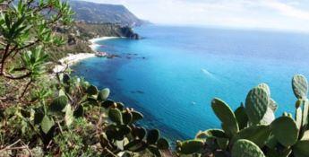 Turismo in Calabria, l'allarme di Demoskopika: «Potrebbe essere una catastrofe»