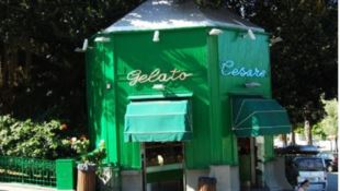 100 anni di dolcezze, a Reggio super compleanno per lo storico chioschetto di gelati