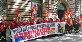 Vigili del fuoco Calabria: «La popolazione attende soccorsi ma noi non veniamo assunti»