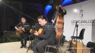 Applausi a Montalto per il Gipsy Jazz Trio - VIDEO
