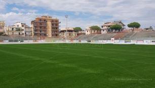 Locri, il nuovo stadio Comunale prende forma