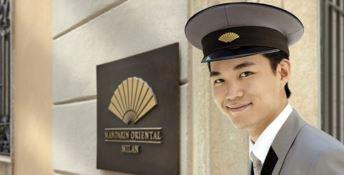 Il giovane truffatore calabrese incubo degli hotel di lusso: se la gode e scappa via
