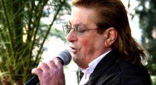 Il tributo di Cosenza al cantante Mario Gualtieri