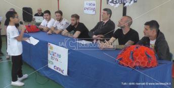 A scuola da campioni: il Crotone incontra gli studenti di Papanice