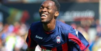 SERIE B | Crotone, Simy all'ultimo respiro ed è vittoria a Livorno