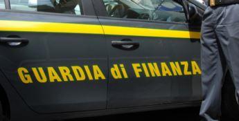 Blitz della guardia di finanza in due Comuni del Tirreno cosentino