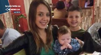 Stefania Signore insieme ai suoi bambini