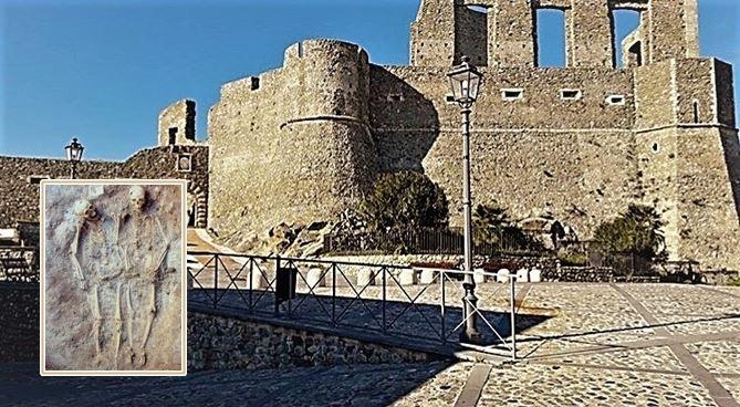 Il castello e i due scheletri di Squllace