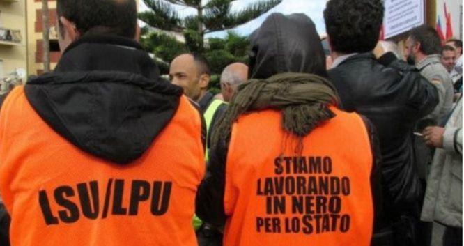 Gli Lsu in protesta