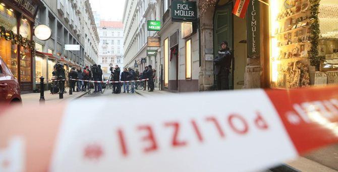 """Vienna: sparatoria in un ristorante, ma""""Non è terrorismo"""""""