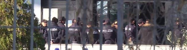'Ndrangheta, sventato Natale di sangue nel Crotonese: in manette 21 persone