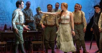Il tenore calabrese Leonardo Caimi trionfa alla Royal Opera House di Londra