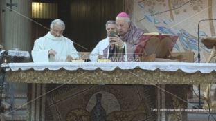 Incinta di un sacerdote, i legali di Nunnari: «L'incontro con il vescovo avvenne dopo l'aborto»