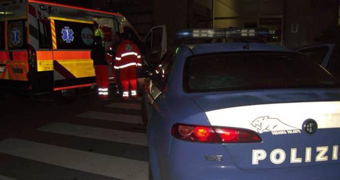 Ambulanza e volante della Polizia