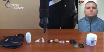 Soverato, 30 grammi di cocaina in bagno: un arresto