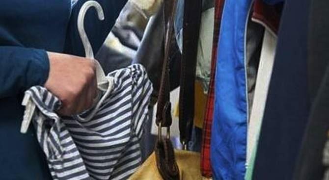 Abbigliamento in un negozio