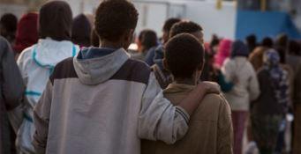 San Ferdinando, Spirlì: «Per i migranti pasti caldi e una cucina da campo»